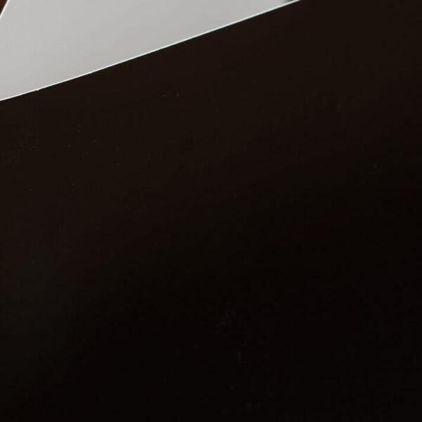 Custom-Pocket-Folder---Custom-Cover---Black---Corner-Detail